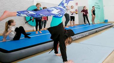 Isla Rose Dance Academy - Acrobacias - Acrobatics